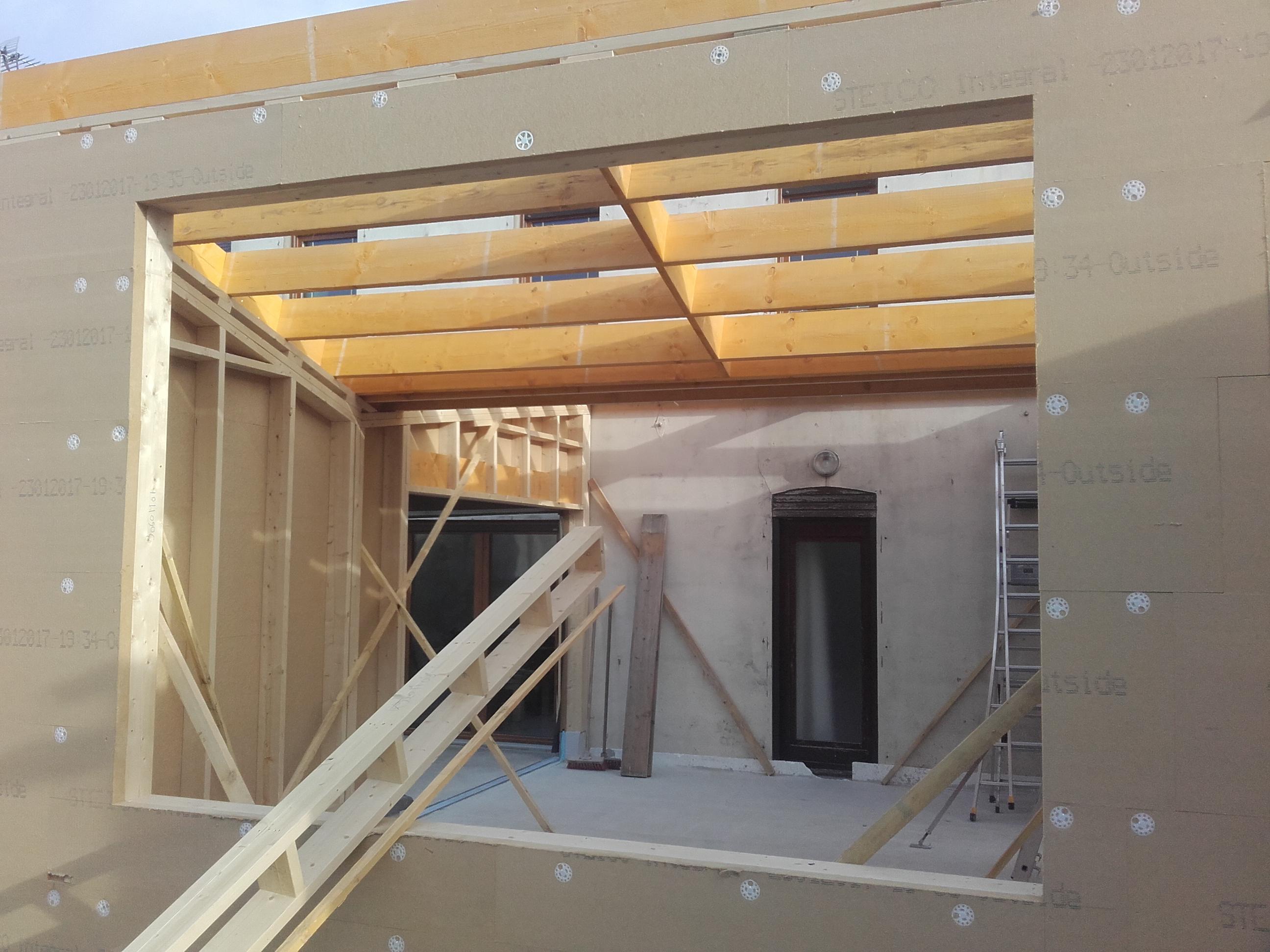 Maison ossature bois charpente en bois avesnois et nord for Construction ossature bois